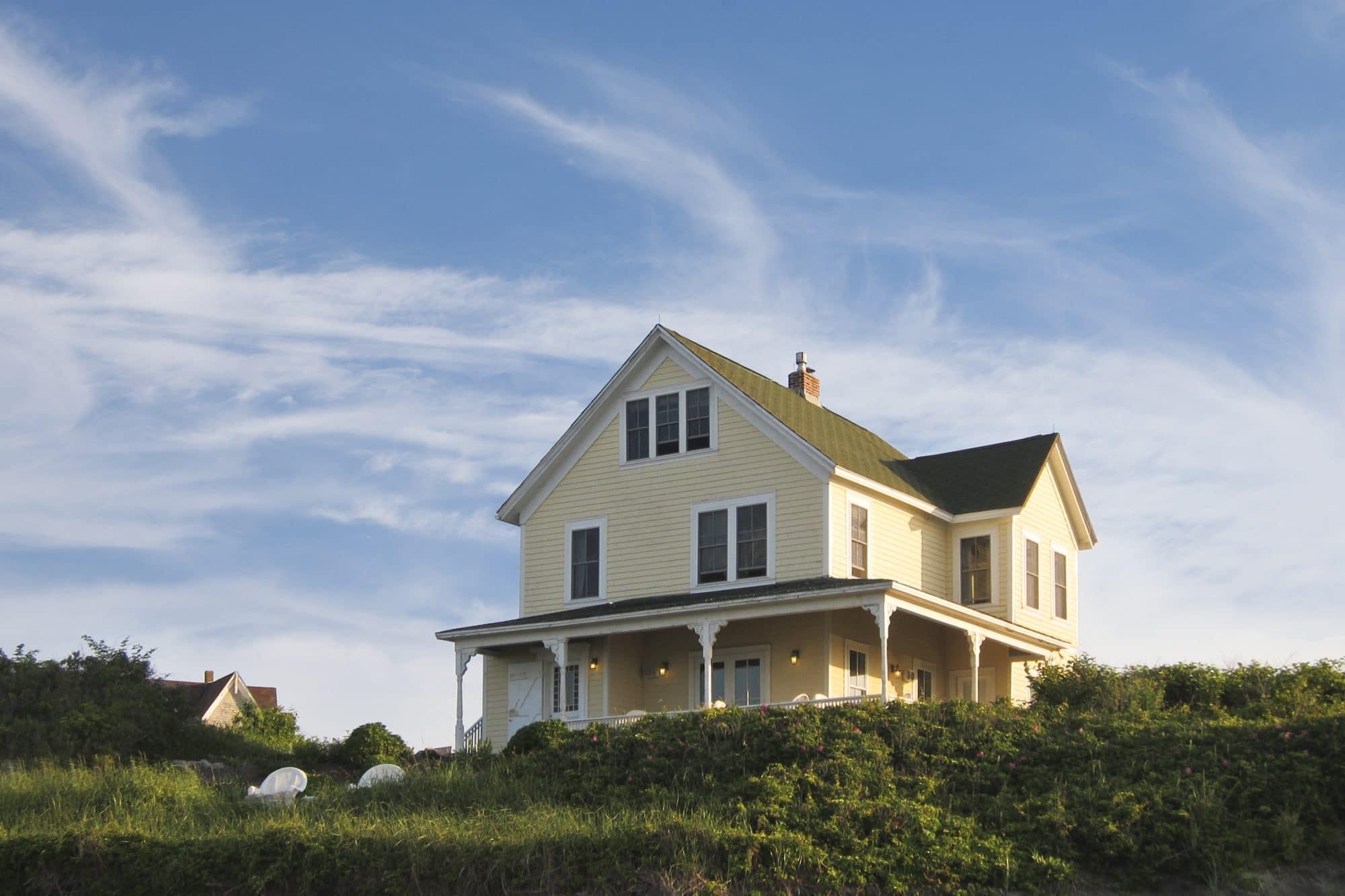 25 Blue Dory Inn 6-2011