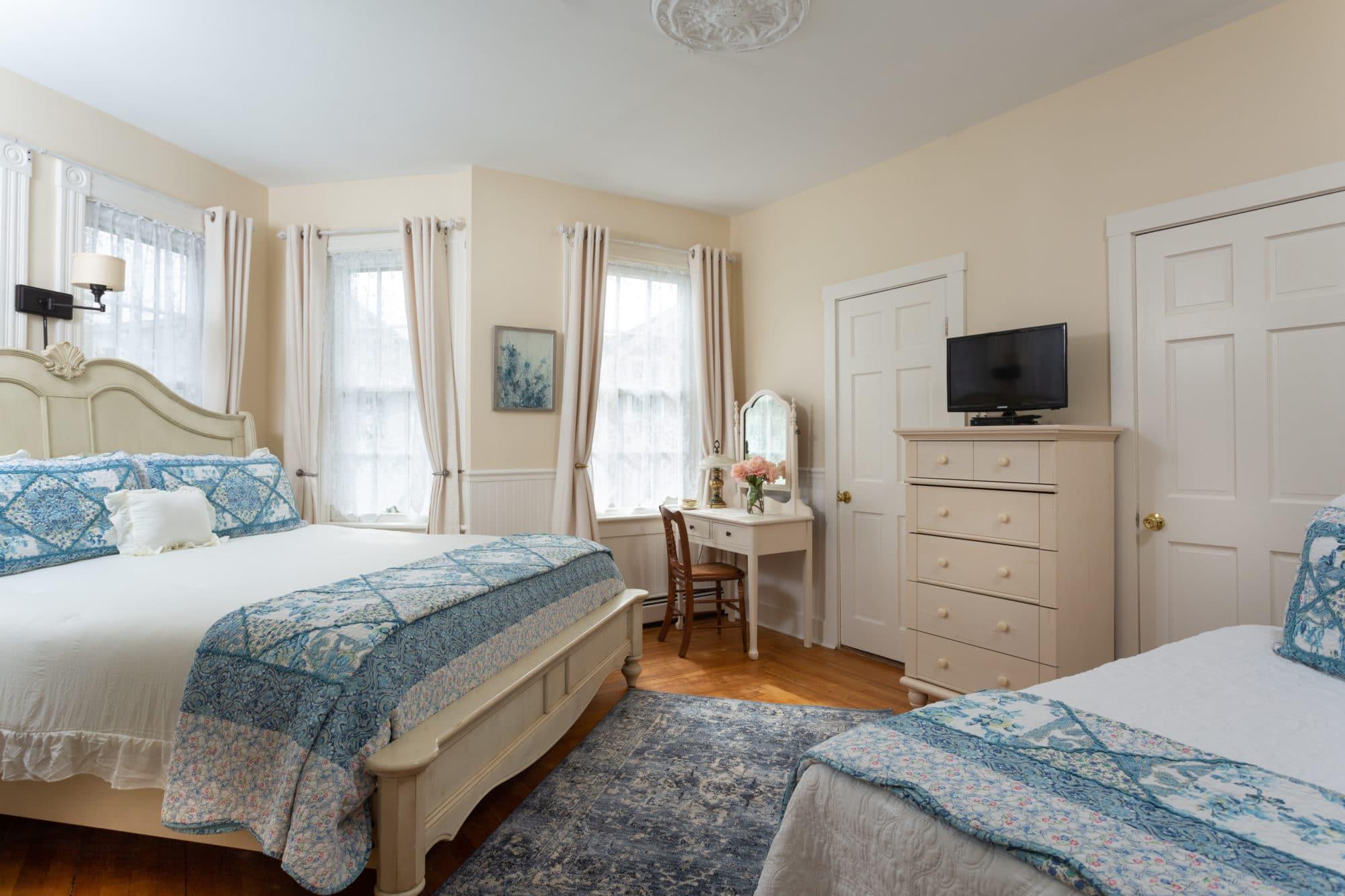 Blue-Dory-Rooms-Arabelline-1