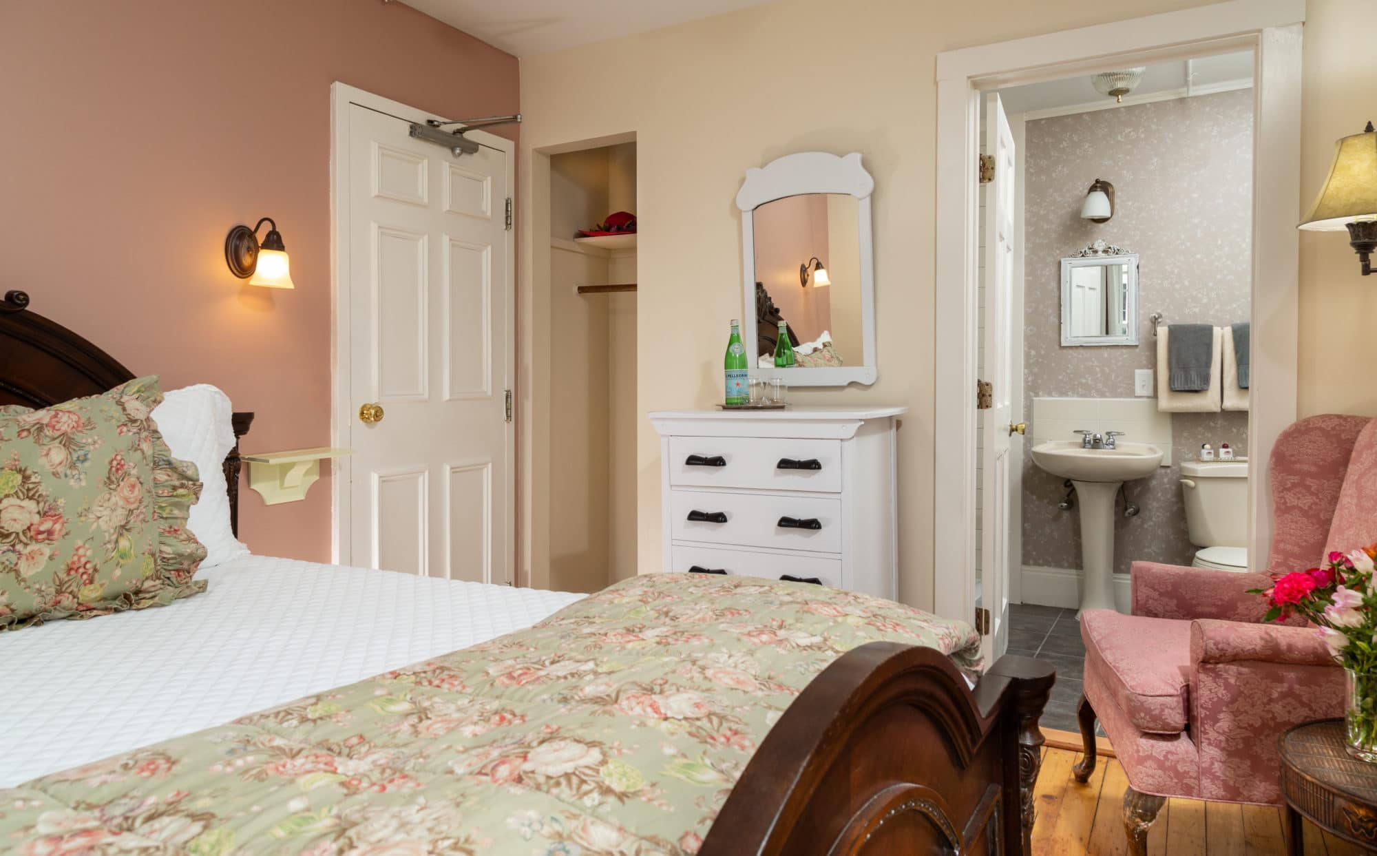 Blue-Dory-Rooms-Chantilly-4