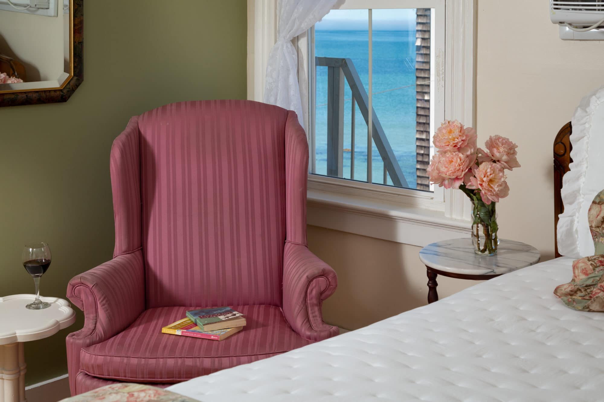Blue-Dory-Rooms-Queen-Anne-2